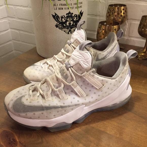 1b2789852cc031 Nike Lebron XIII 13 Low Mens Size 8.5